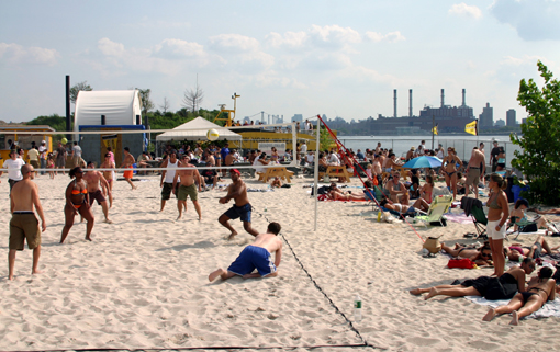 Water_Taxi_Beach_Queens_NY_ek_jul06.jpg