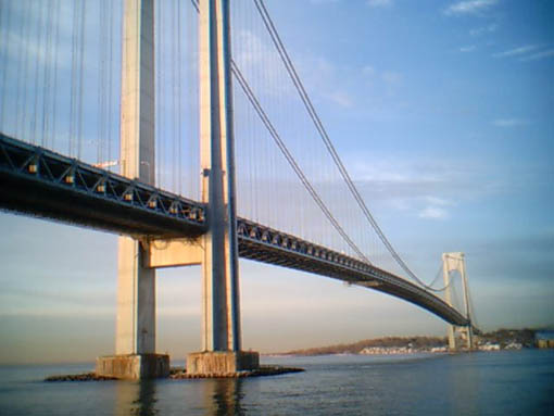 Verrazano_Bridge_Dawn.jpg