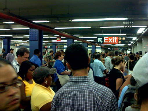 subway-crowding.jpg
