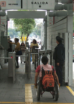 mexico_city_BRT_station_1.jpg