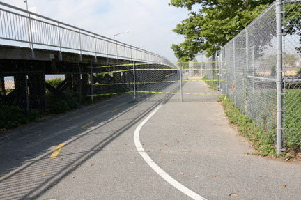 Parks Dept Allows Catering Hall To Fence Off Staten Island