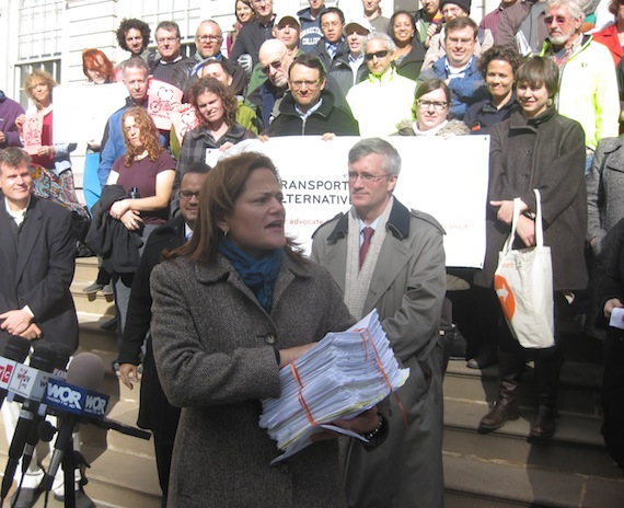 Council Member Melissa Mark-Viverito holds 2,500 handwritten letters to Mayor Bloomberg, urging him to complete the First and Second Avenue bike lanes. Behind her are Sen. José Serrano and Assm. Brian Kavanagh. Photo: Noah Kazis.