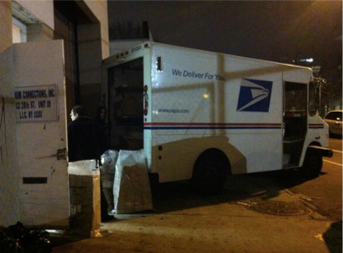 More from LIC, where pedestrian safety is clearly not a priority for USPS, which seems to be using the sidewalk on 28th Street in Dutch Kills as a loading dock. Photo: ##https://twitter.com/DutchLic/status/486331011131654144/photo/1##@DutchLic##