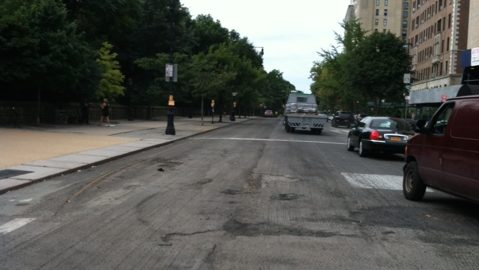 This is one of New York City's most famous protected bike lanes. Photo: @NoBikeLane/Twitter