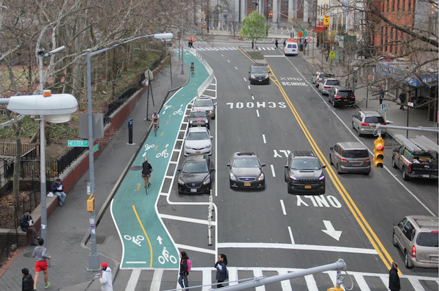 Cyclists traveling to and from Brooklyn via the Manhattan Bridge will soon have a protected bike connection on Chrystie Street. Image: Gothamist/DOT