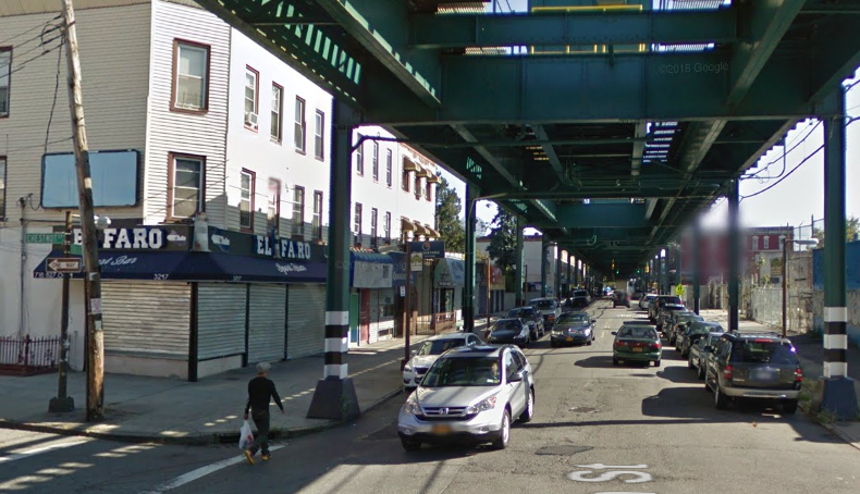 Delman Maldonado and Israel Turcios were killed early this morning outside El Faro restaurant under the J Train tracks in Cypress Hills. Photo: Google Maps